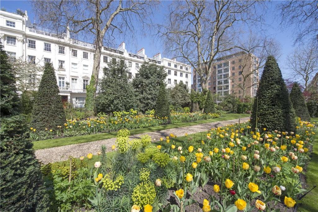 Communal Gardens: W2