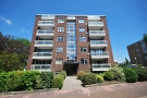 3 bedroom Flat for sale in Parkside Court Downs...