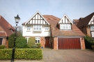 5 bedroom Detached house in Bucknall Way Beckenham...
