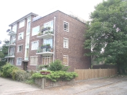 Flat to rent in Wickham Road Beckenham...