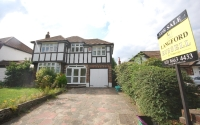 4 bed Detached house in South Eden Park Road...