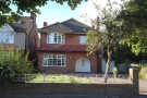 4 bedroom Detached house to rent in Grove Park Road Grove...