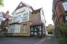 2 bed Flat in Grove Park Road London...