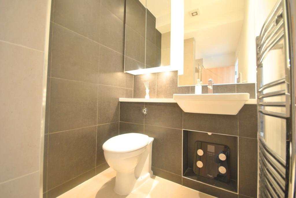 WC & Hand basin