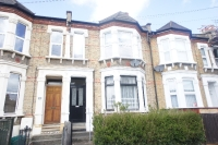 Flat in Buckthorne Road Brockley...