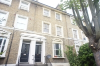 2 bed Maisonette in Manor Avenue SE4