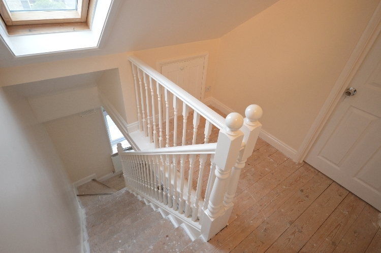 4 bedroom terraced house for sale in boundfield road catford se6 se6 - Refurbish stairs budget ...