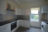 Flat to rent in Birchanger Road Thornton...