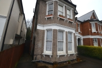 Flat for sale in Culverley Road Catford...