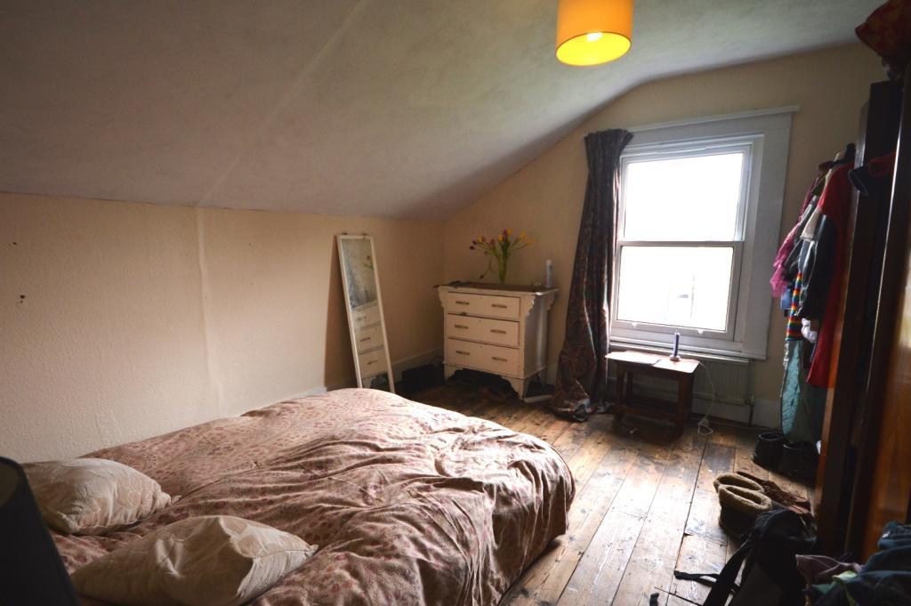 BedroomEDIT4