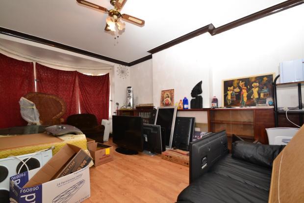 living room use