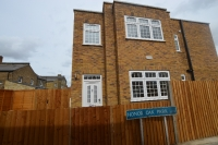 Maisonette in Stondon Park Forest Hill...