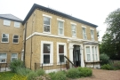 3 bed Flat in Haling Park Road South...