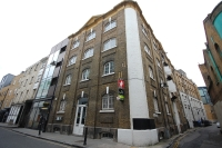 Flat to rent in Bermondsey Street London...