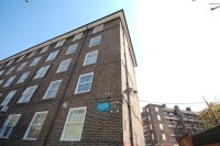 Flat for sale in Falmouth Road London...