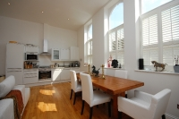 2 bedroom Flat to rent in Welsford Street...