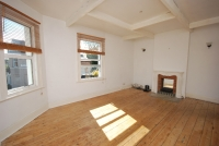 Flat in Rye Road Nunhead SE15