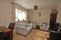 2 bed Flat in Lytcott Grove East...