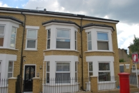 2 bed Flat in Adys Road Peckham SE15