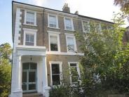 2 bed Flat in Thicket Road SE20