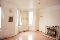 Flat for sale in Elmers End Road Anerley...
