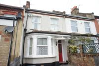 Terraced house in Spa Hill SE19