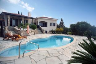 Kamares Villa for sale