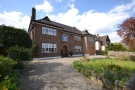 4 bedroom Detached house in Garden Road Bromley BR1