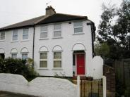 3 bed End of Terrace home to rent in Clarence Avenue BR1