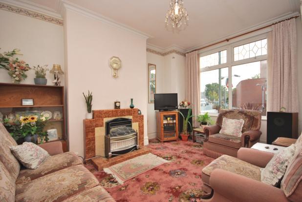 Living Room (Ground)