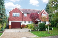 Detached home for sale in The Meadow Chislehurst...