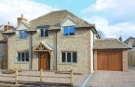 4 bedroom Detached house in Bagley Wood Road...