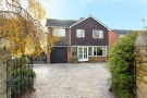 5 bedroom Detached house in London Road, Wheatley