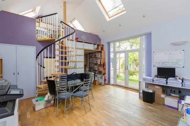 Annexe/Home Office