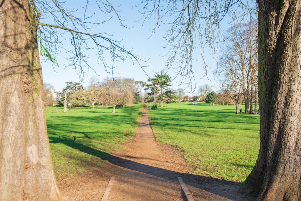 Bury Knowle Park - 0