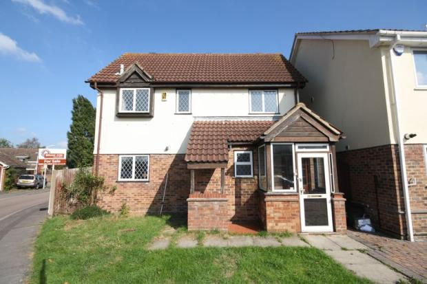 bedroom detached house for sale in harecastle close hayes ub4