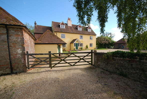 6 bedroom country house for sale in rogate near for 6 bedroom house for sale near me