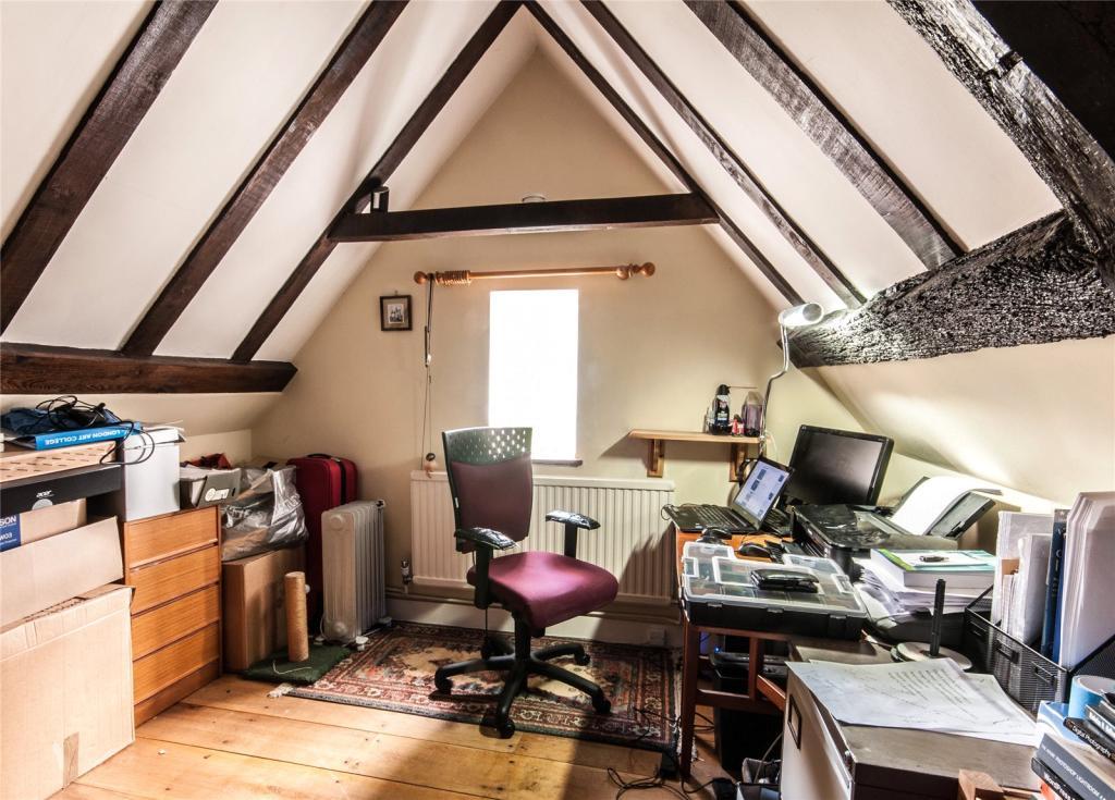 Loft Room-Office