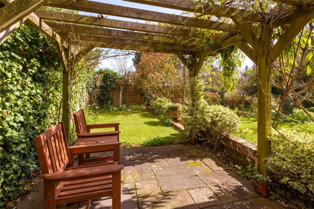 Sun Terrace-Garden