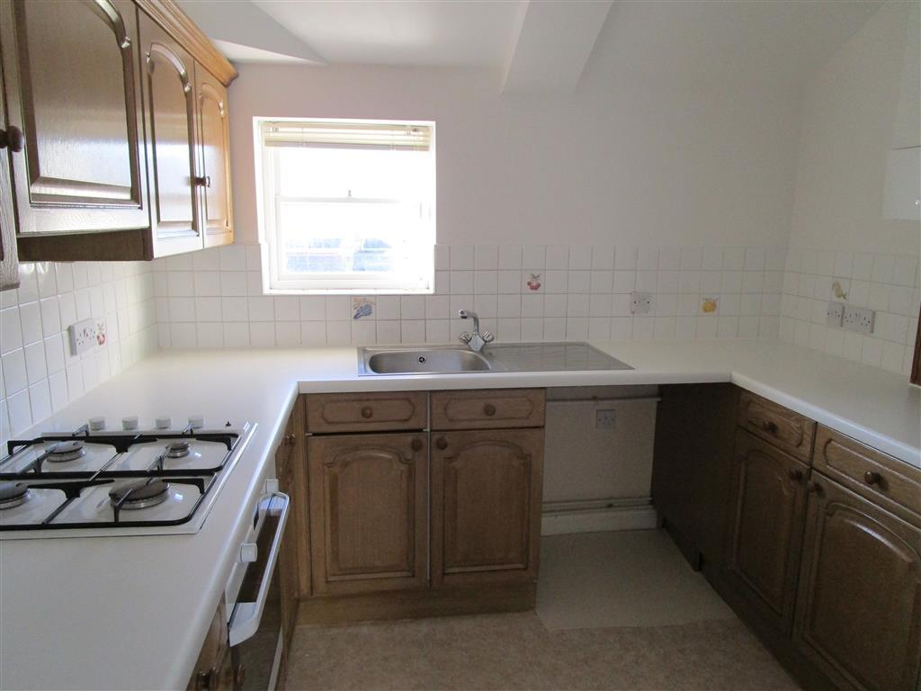 2 bedroom apartment to rent in cavendish place brighton bn1 for Room to rent brighton