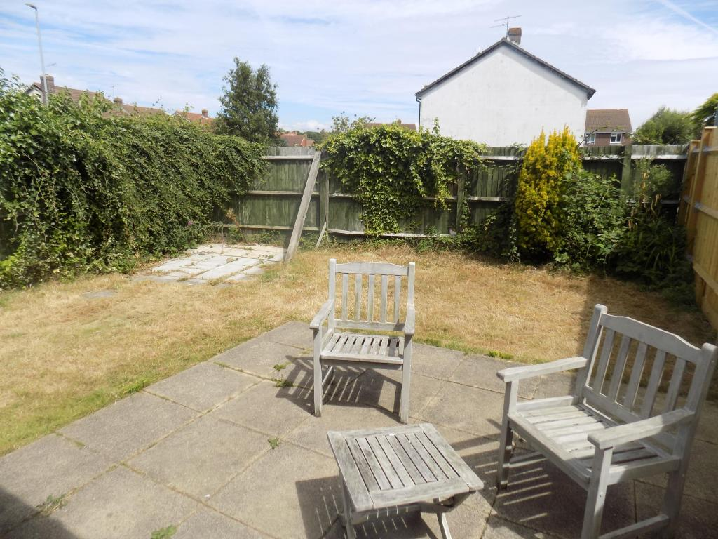 2 Bedroom House To Rent In Sorrell Close Eastbourne BN23