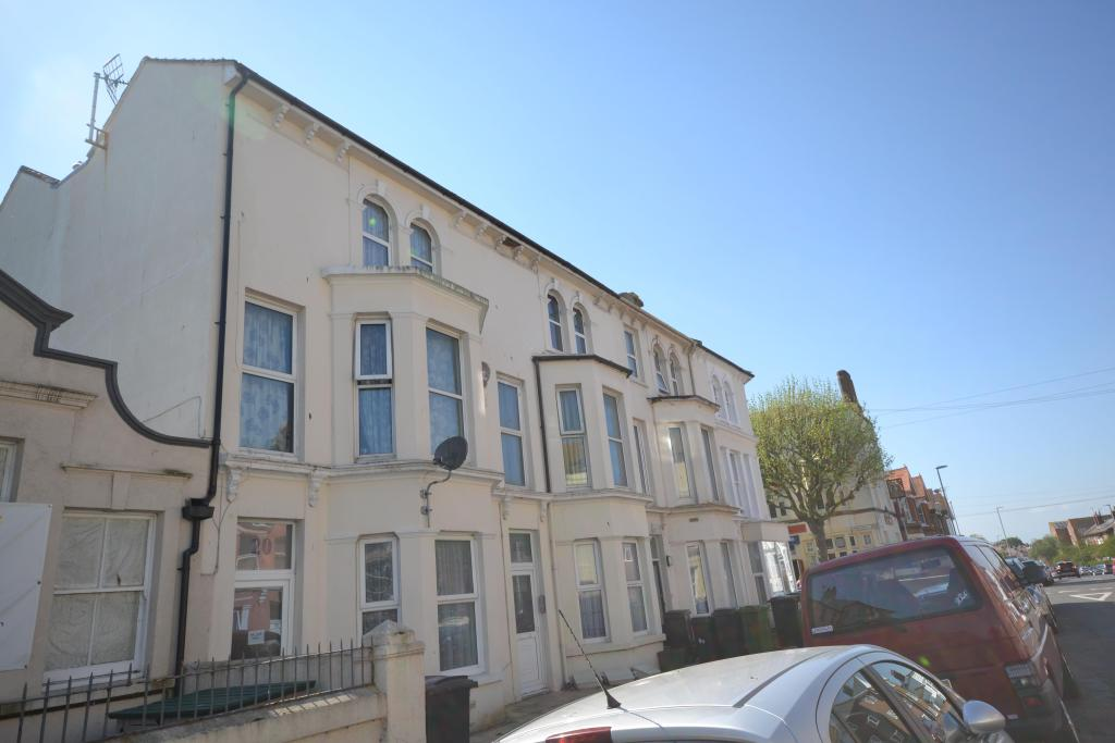 2 Bedroom Apartment To Rent In Bourne Street EASTBOURNE BN21