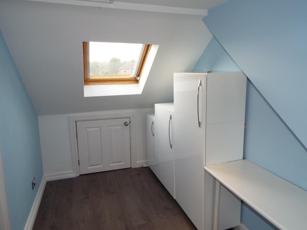 Bed 4 (top floor)
