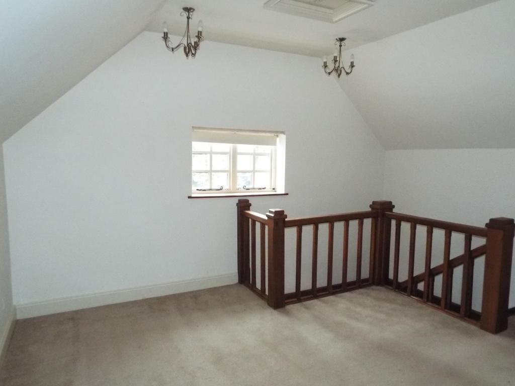 Bed 2 (First Floor)