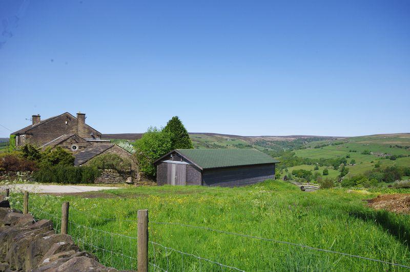 Barn & Land