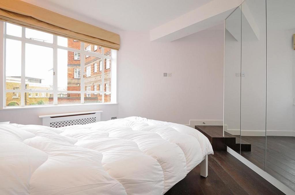 Master Bedroom aspec