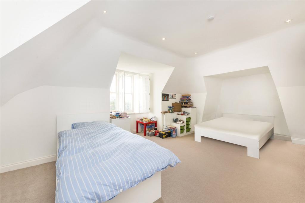 Bed 1 Angle 2