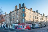 3 bedroom Flat in Yeaman Place, Polwarth...