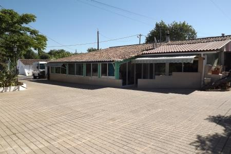 Image 1, 2 Bedroomed House : JV1728