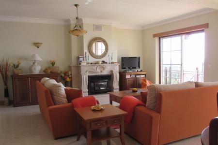 Image 4, 4 Bedroomed Apartment : AA269